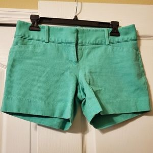 #239 Limited Green Dress Shorts Size 4